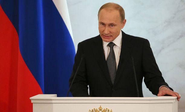 Vladimir Putin ehdotti monenlaisia toimenpiteitä Venäjän talouden pelastamiseksi.