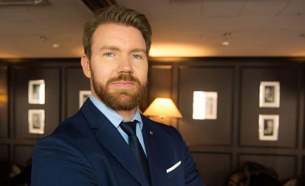 Joni Lindelöf ei ole enää poikamies.