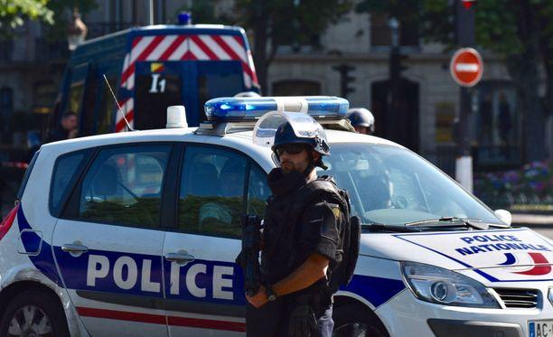 Ranskalaisessa pikkukylässä tapahtui viime viikolla mysteerinen kaksoiskuolema. Kuvituskuva