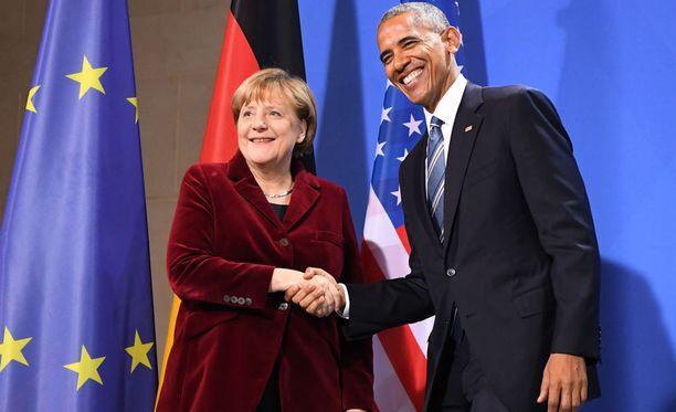Saksan liittokansleri Angela Merkel emännöi Barack Obamaa Saksan-vierailulla.