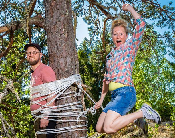 Markku Sipi ja Minttu Heimovirta ovat Yle Luonnon toimittajia.