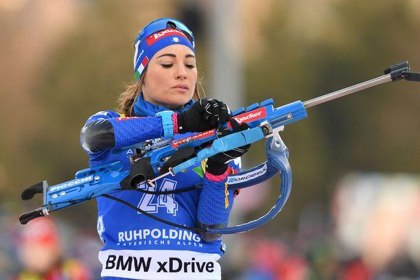 Dorothea Wierer on ampumahiihdon kirkkaimpia tähtiä.