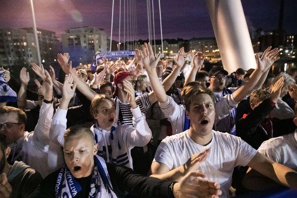 Suomen fanit loivat syyskuussa Tampereelle hienon tunnelman.
