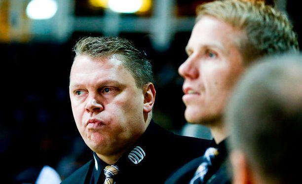 Pekka Virta sai sopimukseensa pidennyksen. Myös Tommi Miettinen (oik.) jatkaa KalPassa.