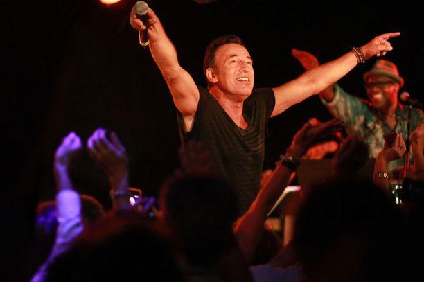 Bruce Springsteen rokkaa heinäkuussa Suomessa.