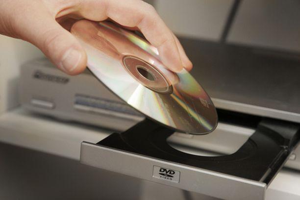 Teräväpiirtosoittimet ovat jo kaupoissa. Kuvan laite on vielä tavallinen dvd-soitin.