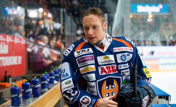 Tuukka Mäntylä oli mukana myös vuonna 2003, kun Tappara voitti kultaa.