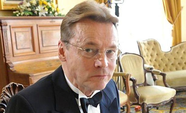 Timo T.A. Mikkonen ei pystynyt puhumaan keväällä.