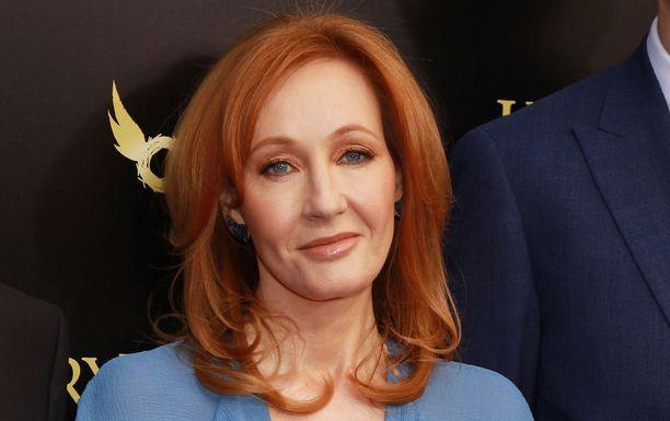 J.K. Rowling kertoo hahmojensa seksisuhteesta ensi kertaa.