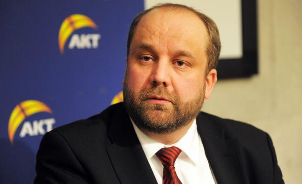 Marko Piirainen ilmoitti kipakan vastauksen EK:lle.