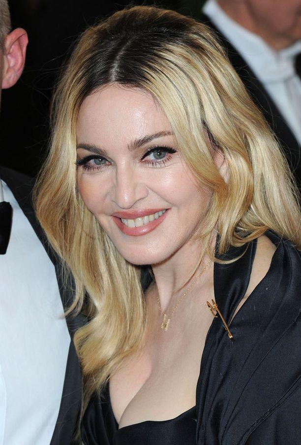 Madonna harkitsee tosi-tv-tähteyttä.