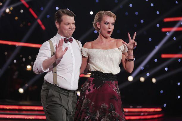 Hannes Suominen ja Kia Lehmuskoski iloitsivat hyvistä pisteistä.