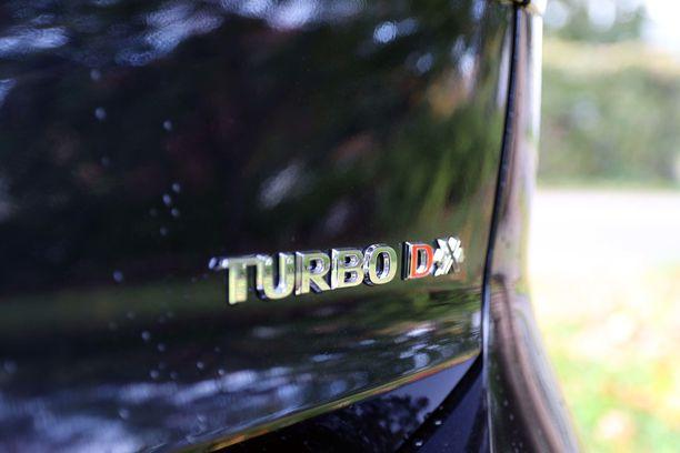 Neliveto ja turbo takaavat menon hankalissa maastoissa.