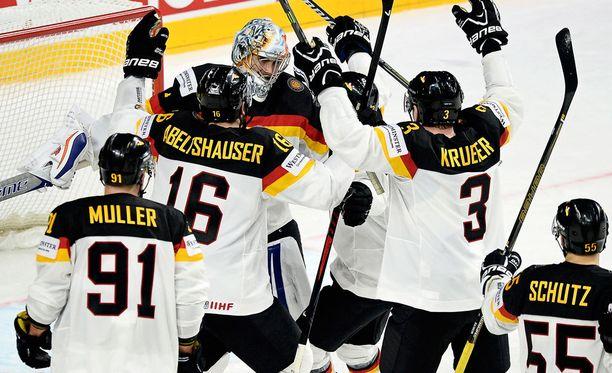 Saksan joukkueella oli avauspäivänä syytä olla tyytyväinen suoritukseensa.