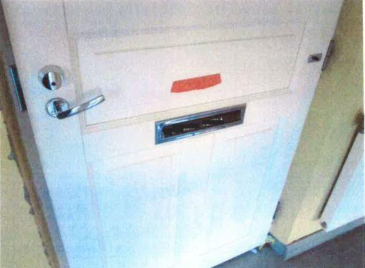 Ulko-ovi oli kunnossa. Naapurit eivät olleet ilmoittaneet haju- tai meluongelmista. Rikokset tulivat yllätyksenä vuokranantajalle.