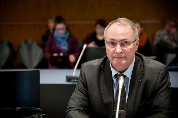 Asianajaja Juha Mannerista tulee Naantalin kaupunginvaltuutettu.