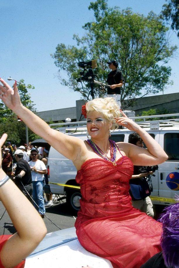 Anna Nicole oli tuhdimmassa kunnossa 2000-luvun alussa.
