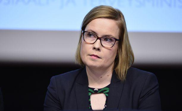 Entinen sosiaali- ja terveysministeri Laura Räty työskentele nykyisin Terveystalolle.