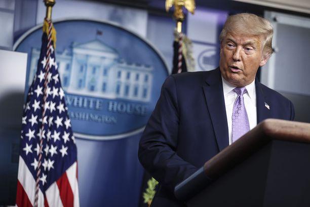 Trumpin entinen juristi väittää hänen huijanneen presidentinvaaleissa Venäjän avulla.