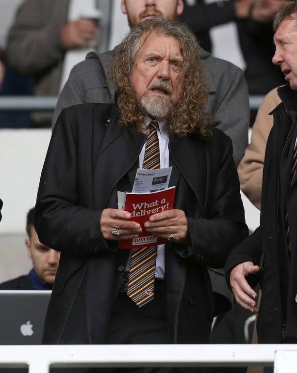 Syytetty: laulaja Robert Plant.