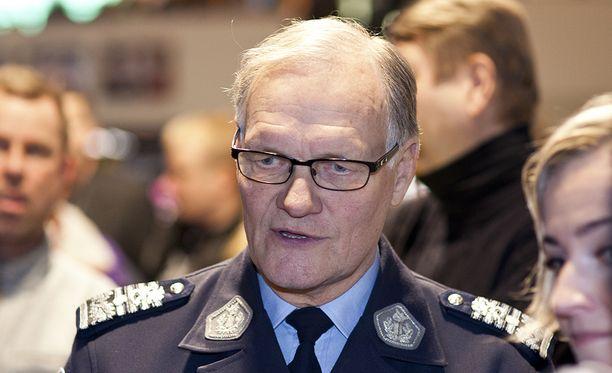 Epäiltyinä ovat muun muassa entinen poliisiylijohtaja Mikko Paatero,