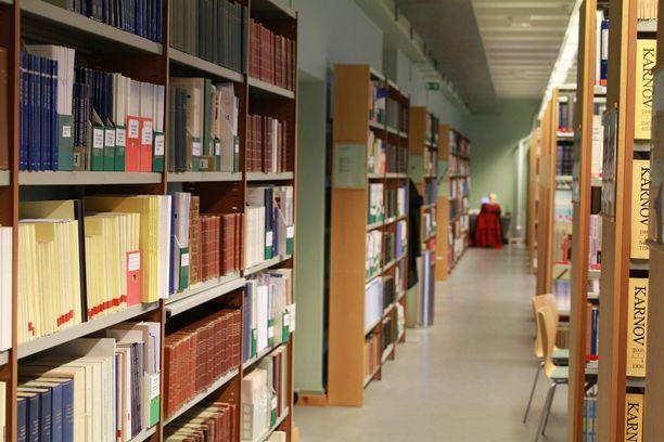 Lääketieteellisen tiedekunnan pääsykokeet vaativat armotonta lukemista.