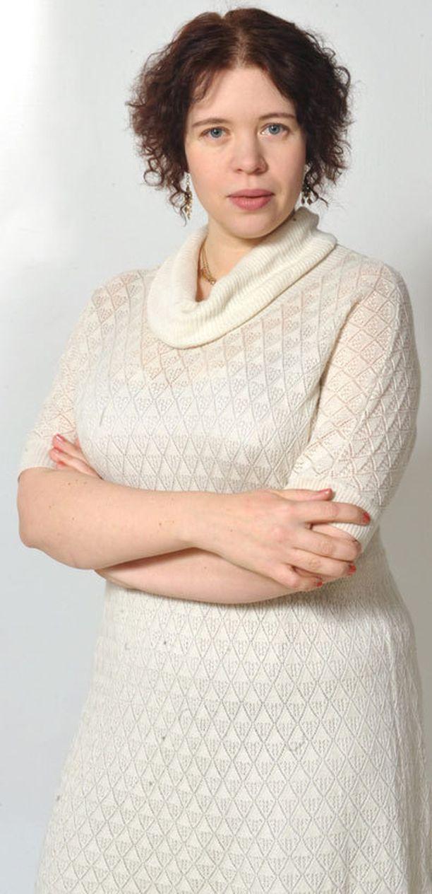 Kansanedustaja Anna Kontulan mukaan poliitikkojen on vaikea keskustella seksuaalialeista objektiivisesti.