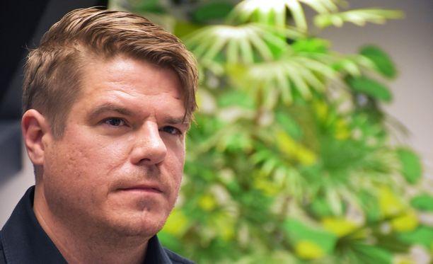 Jussi Heikelä on tehnyt pitkän uran radiossa. Nyt mies palaa televisioon.