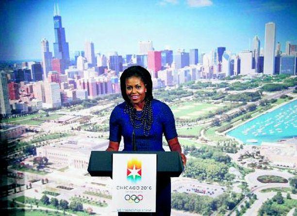 VETURI Michelle Obama puhaltaa lisätuulta Chicagon kisahankkeeseen.