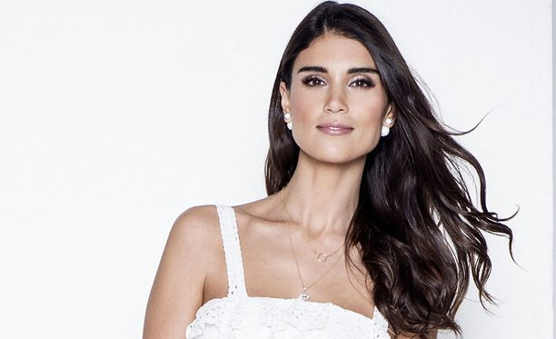 Maryam Razavi on tunnettu malli, juontaja ja stylisti.