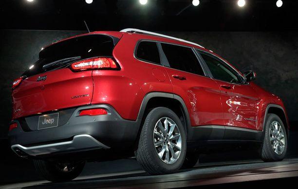Peräpeilin muodoissa joku voi nähdä ripauksen Hyundaita tai Volvoa. Hyvä vai paha, sen päättävät ostajat.