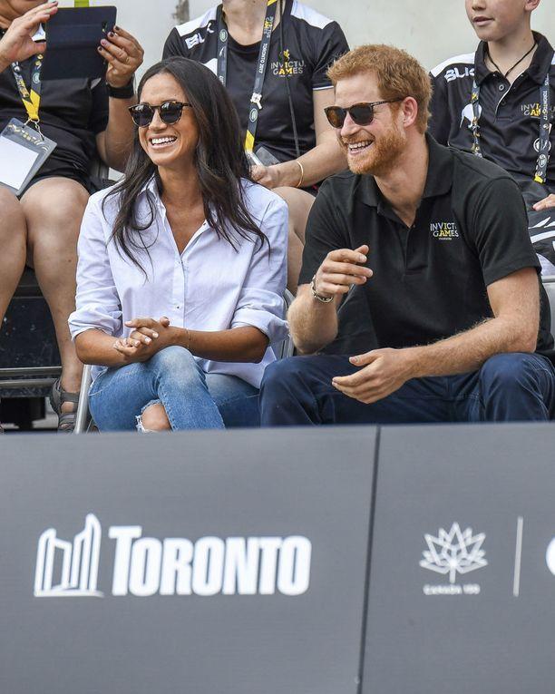 Meghan Markle ja prinssi Harry ovat kaukaista sukua toisilleen.