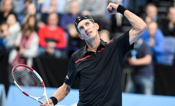 Jarkko Nieminen kaatoi Mikael Torpegaardin Davis Cupissa.