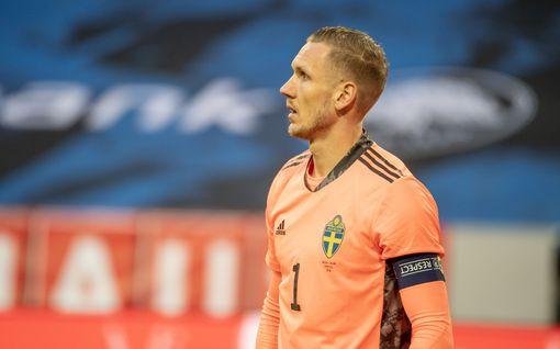 Talismaanit sivussa, koronakin kiusaa – Ruotsi tiukan paikan edessä EM-kisoissa
