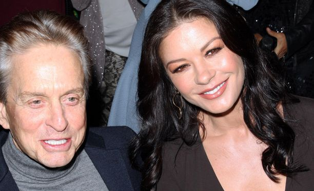 Catherine Zeta-Jones on naimisissa näyttelijä Michael Douglasin kanssa.