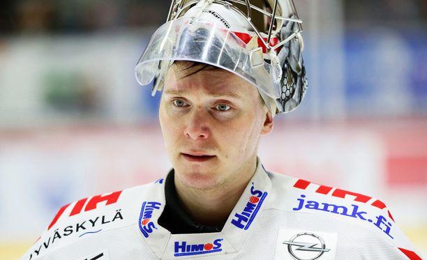 Pekka Tuokkola aloittaa tänään JYPin maalilla.