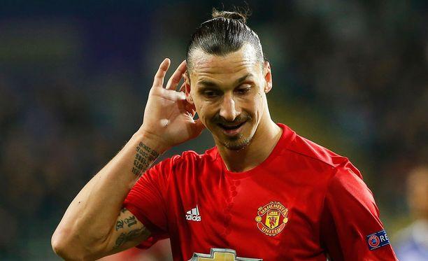 Zlatan Ibrahimovic jatkaa Manchesterissa.