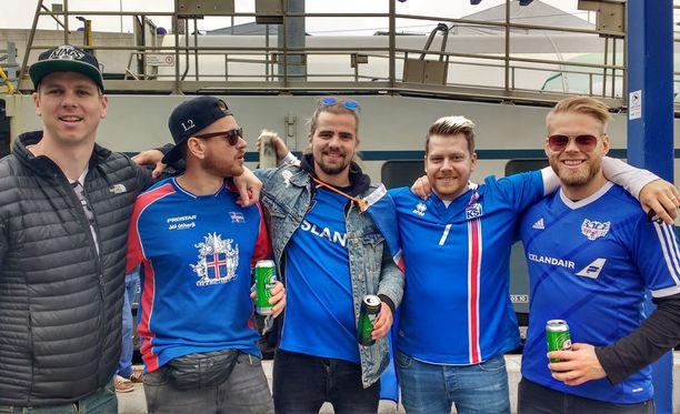 Jonas Ingi Jonasson, Hrafn David Hrafnsson, Salvar Georgsson, Stefan Andresson ja Ingvi Ingason saapuivat Suomeen perjantaina ja lähtevät sunnuntaina. Ohjelmaan kuului koripalloa ja jalkapalloa.