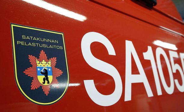 Pelastuslaitos hälytettiin onnettomuuspaikalle kello 22.55.