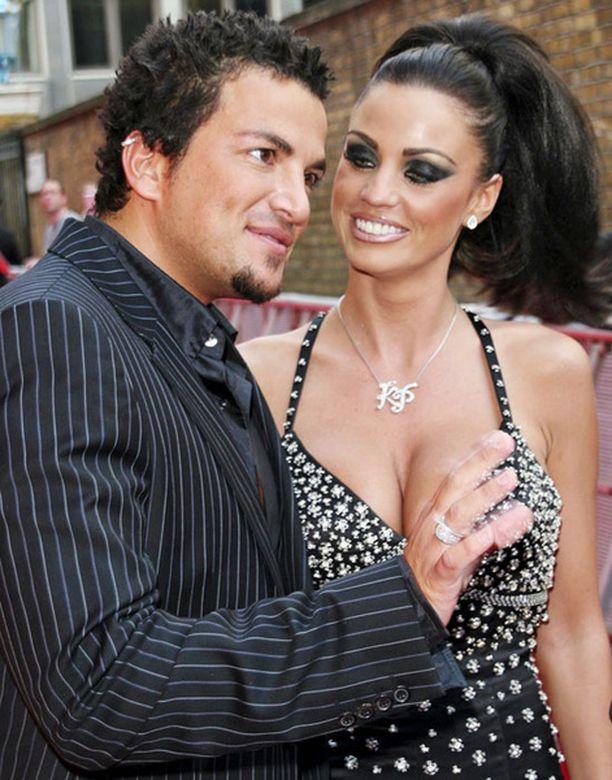 Jordan eli Katie Price ja Peter Andre silloin, kun elämä oli vielä satua.