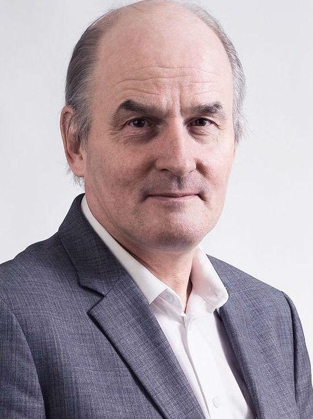 Professori Matti Tolvanen.