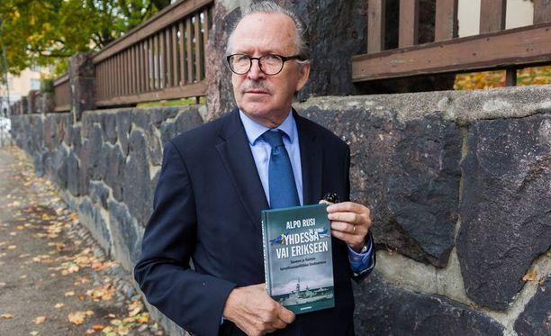 Alpo Rusin kirja julkaistiin keskiviikkona.