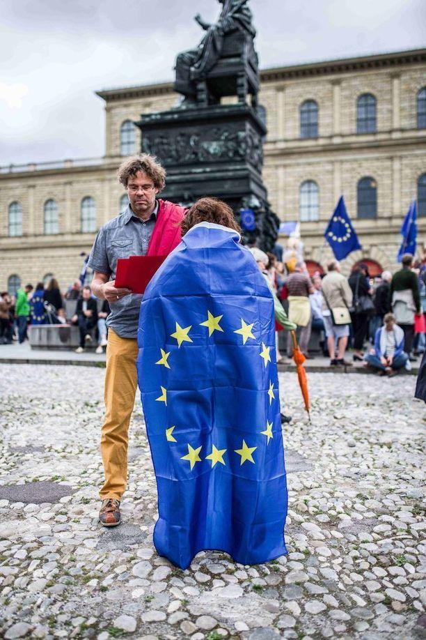 EU-myönteiset ihmiset järjestivät mielenosoituksen alkuviikosta Saksan Münchenissä.