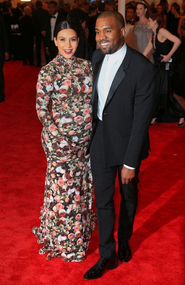 Kim ja Kanye.