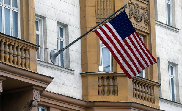 Yhdysvaltain lippu liehui maan suurlähetystössä Moskovassa viime viikolla.