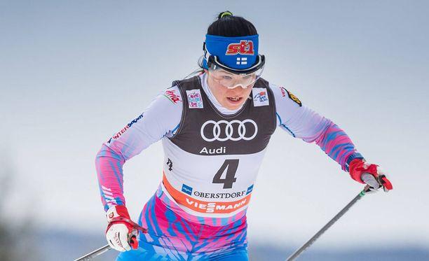 Krista Pärmäkoski hiihti jatkoon Falunin sprinttiaika-ajosta.