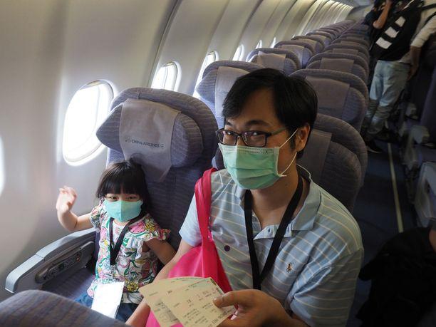 Kaukokaipuu. Lentokoneeseen pääse Taiwanissa, vaikka matkustamaan ei pääsekään.