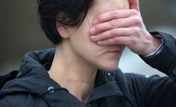 Kuopiossa tapahtunut äidin tekemä omien lastensa tappaminen sai vuosi sitten itsemurhaa yrittäneen Hannan pohtimaan paljon omaa tilannettaan.