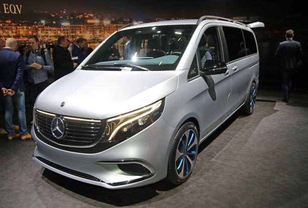 Tämä auto tuo sähkön tila-autoihin. Mercedeksen toinen EQ-sarjan versio EQV.