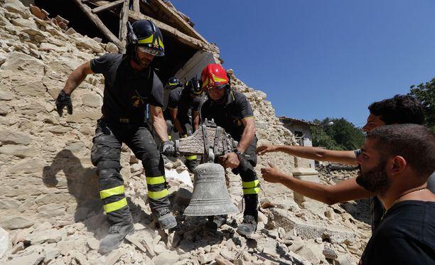 Italian syyttäjänlaitoksen johtaja haluaa varmistaa, että mafia ei pääse osalliseksi maanjäristyksen jälkeisiin jälleenrakennusprojekteihin.